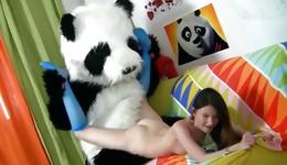 Hot Panda drilling deep lobster pot of dazzling femme fatale